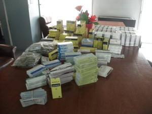 Los medicamentos entregados al Centro de Salud Dr. Luis Ressio.