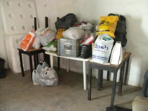 Ropa y otras cosas donadas