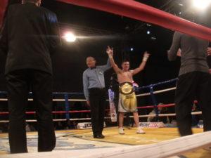 El nuevo campeón Latino Mauricio Gil