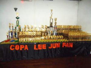 Los trofeos entregados en la competencia