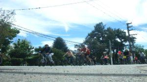 Pasando frente a la plaza Belgrano